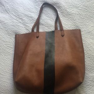Handbags - Madewell Tote in chestnut with black stripe ♥️
